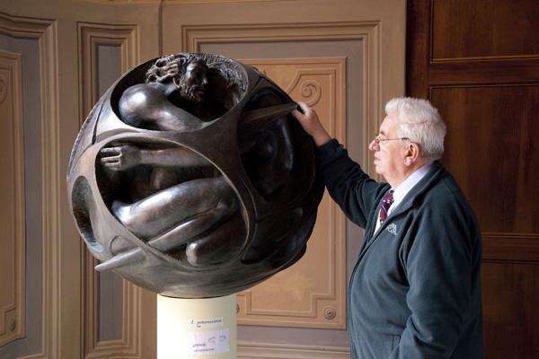 Scultura sferica
